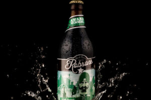 Robsons Beer splash photography - Silverzone Images Photography