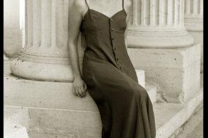 Model in vintage 90s look dress